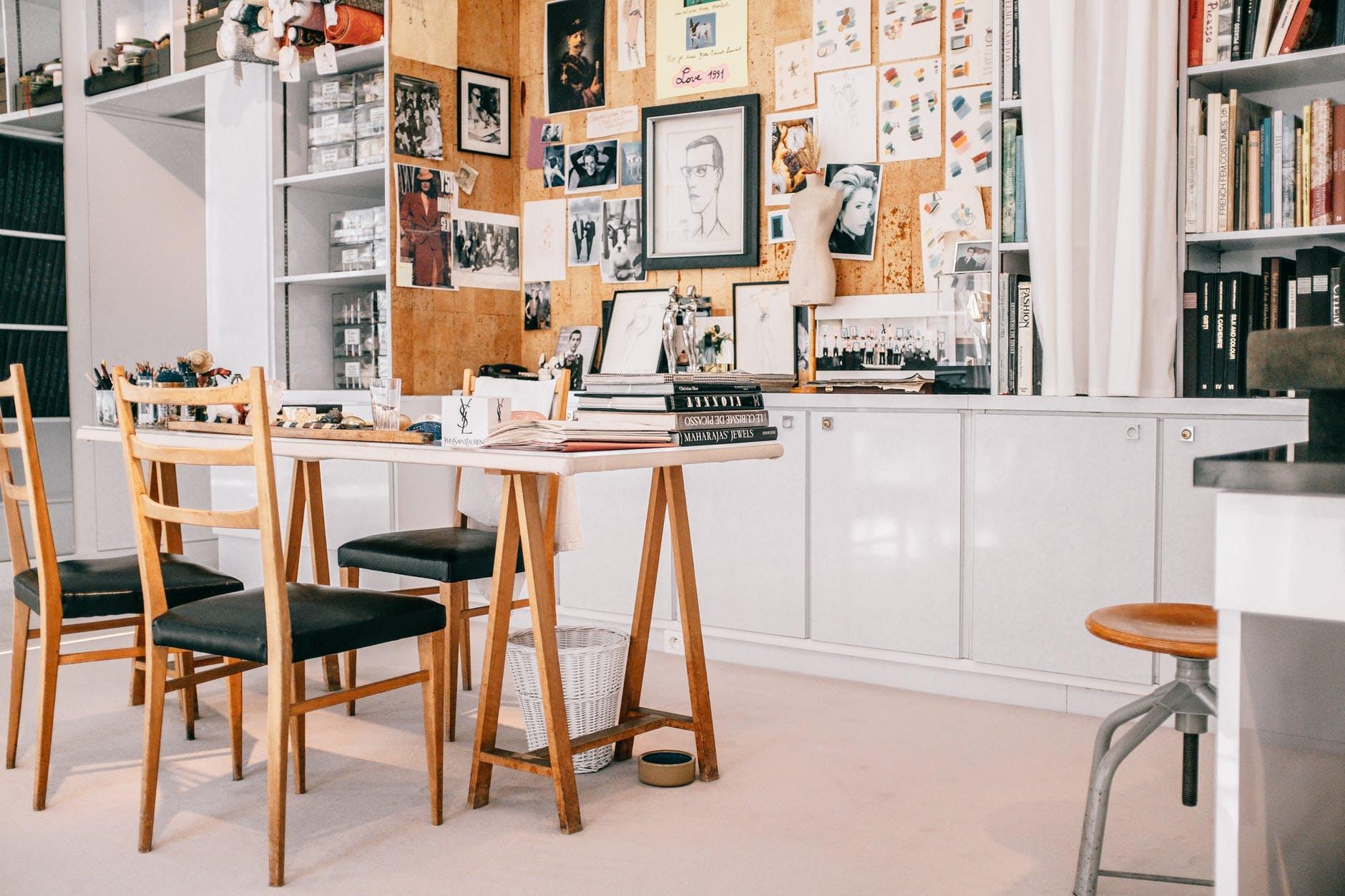 Büro, Schreibtisch